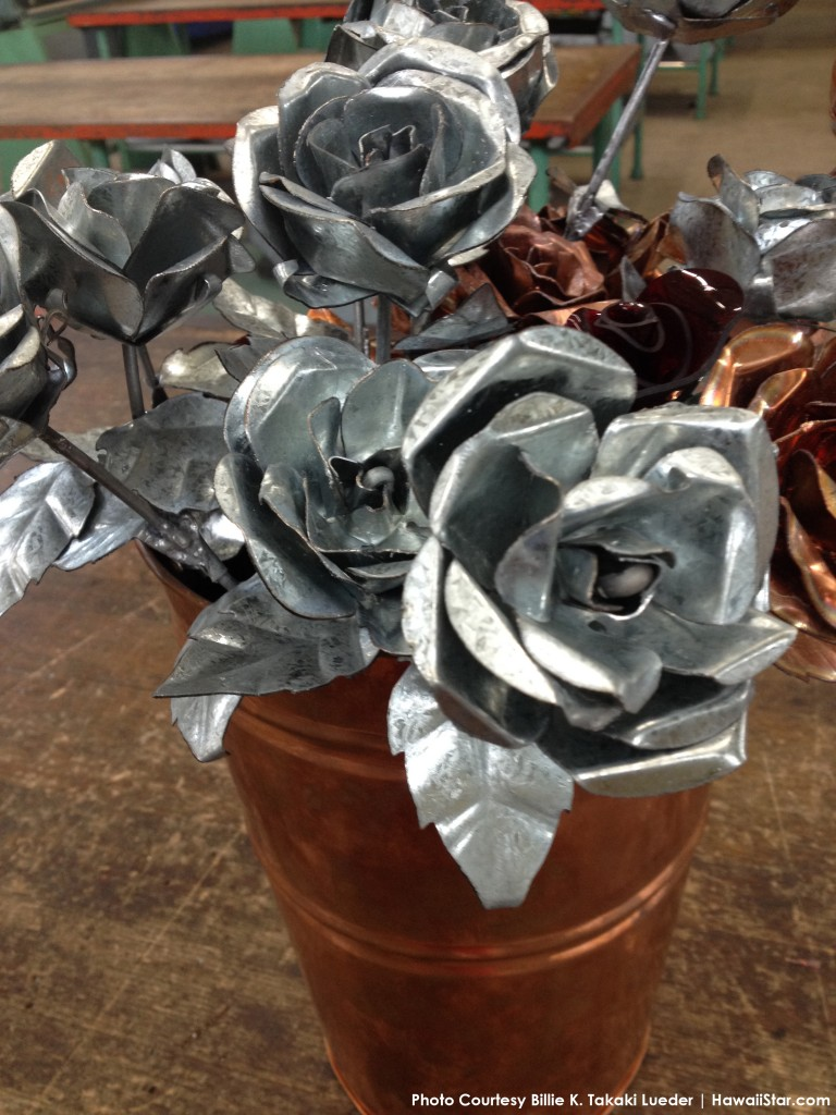 Sheet Metal Roses Return For Valentine S Day Hawaii Star